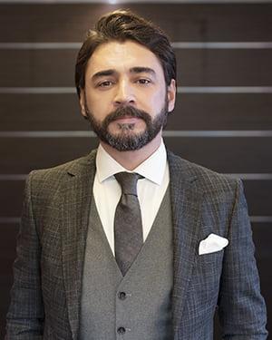 محامي يتحدث العربية في ألانيا